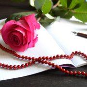 Заказать стихи для близких, друзей или коллег. Стихи на юбилей, свадьбу, или - просто так! Где заказать стихи