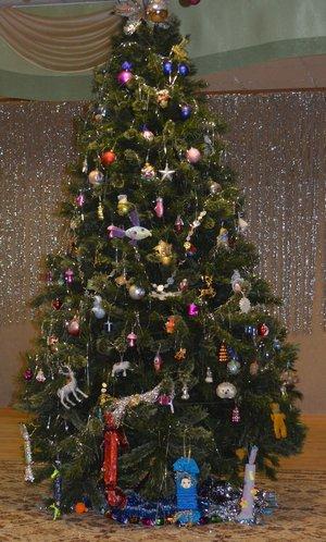 Поздравления с Новым годом в стихах. Стихотворение про Новый год и идеи для подарков. Ёлка