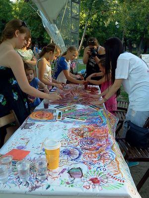 Где погулять с ребёнком в Москве. Парк Баумана или Сад культуры и отдыха имени Баумана. Рисование руками
