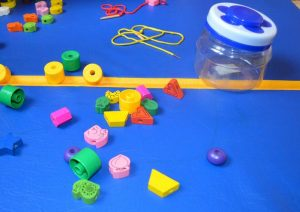 Нанизывание бусин Шнуровка и деревянные бусы для маленьких детей
