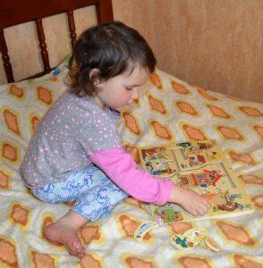 Настольные развивающие игры для детей 2 – 3 лет обзор и наши отзывы. Логические игры для малышей. Лабиринт деревянный и Маша