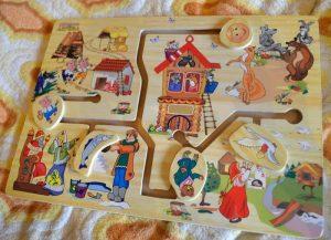 Настольные развивающие игры для детей 2 – 3 лет обзор и наши отзывы. Логические игры для малышей. Лабиринт деревянный сказки
