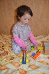 Деревянный конструктор для детей 3 лет. Логическая игра для малыша «Самолёт». Самолёт и Маша