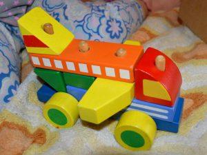 Деревянный конструктор для детей 3 лет. Логическая игра для малыша «Самолёт»