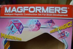 Магнитные игры для детей. Магнитный конструктор Magformers