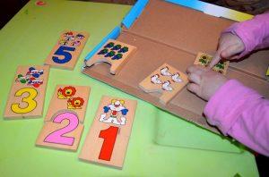 """Как научиться считать? Игра на обучение счёту малышей . Домино """"Цифры"""""""