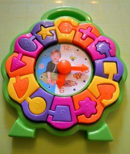 """Пазл """"Часы"""" - пластиковый конструктор для детей в часах. Наши отзывы"""