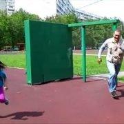Весёлая игра для компании детей на природе для детей и взрослых