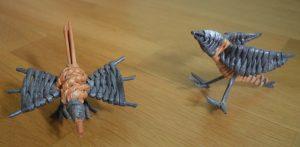 Маленькие птички из газетных трубочек