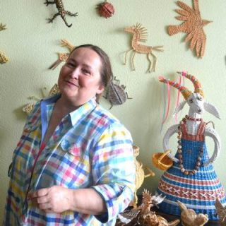 Светлана Булгакова мастер плетения из газет