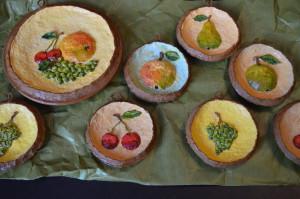 Это наши панно из папье-маше из темы фрукты