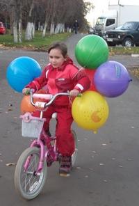 Как научить ребенка ездить на велосипеде. Велосипед и шарики
