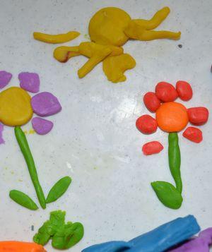 Лепим из пластилина с малышами. Пластилиновые ёжики. Черепашка из пластилина. Пластилиновые картинки и прочие пластилиновые хитрости. Пластилиновые цветочки и солнышко