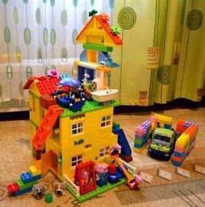 Peppa Pig конструктор дом свинки пеппы и игровая площадка