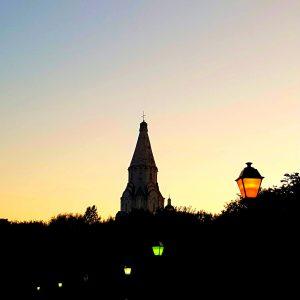 """Ночь церковь месяц фонари иллюстрация к авторским стихам """"Вальс это жизнь, ну а жизнь это танцы"""""""